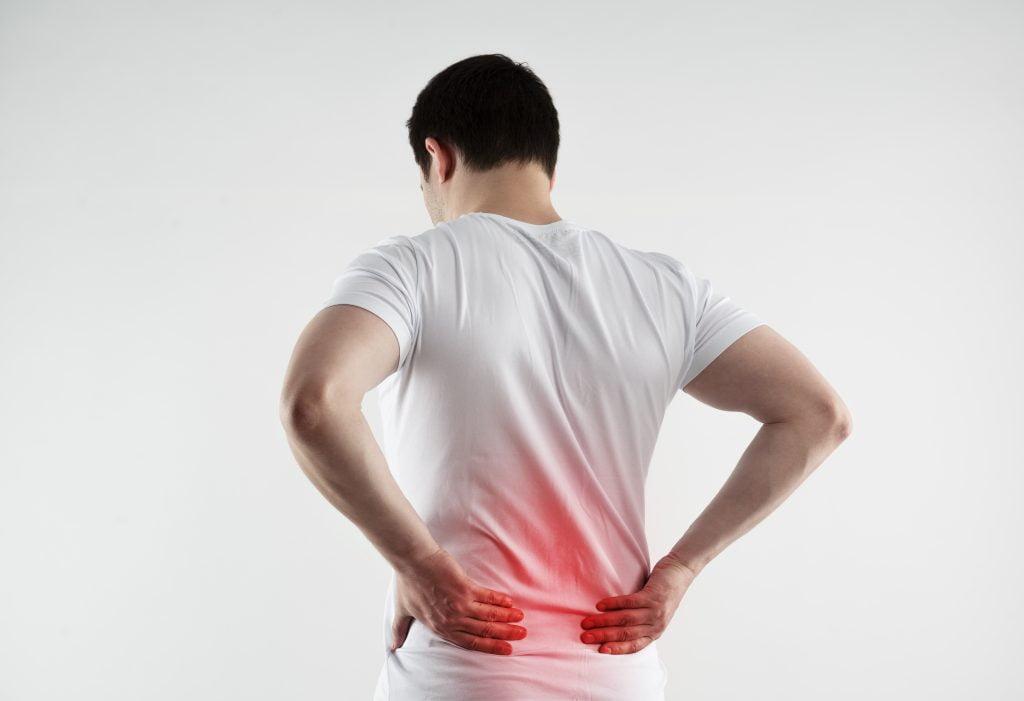 حصى الكلى والمسالك البوليّة – أعراض وأسباب تَكوّن الحصى