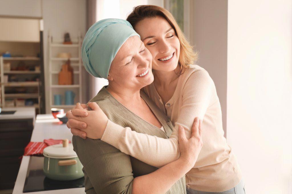 الشِفاء من سرطان الرحم خلال 3 أشهر – قصّة السيّدة زينب من البحرين