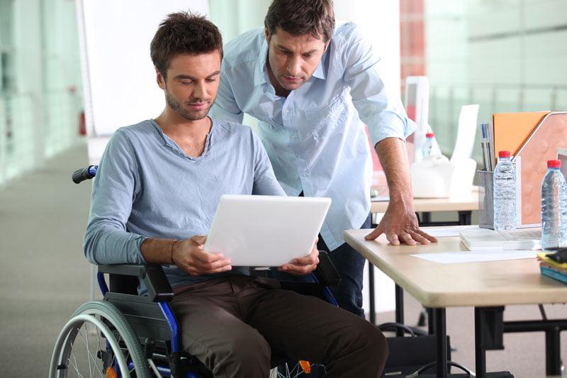 كيفَ يُؤثر مرض إم إس – التصلب المتعدد على حَياة الشَخص المُصاب