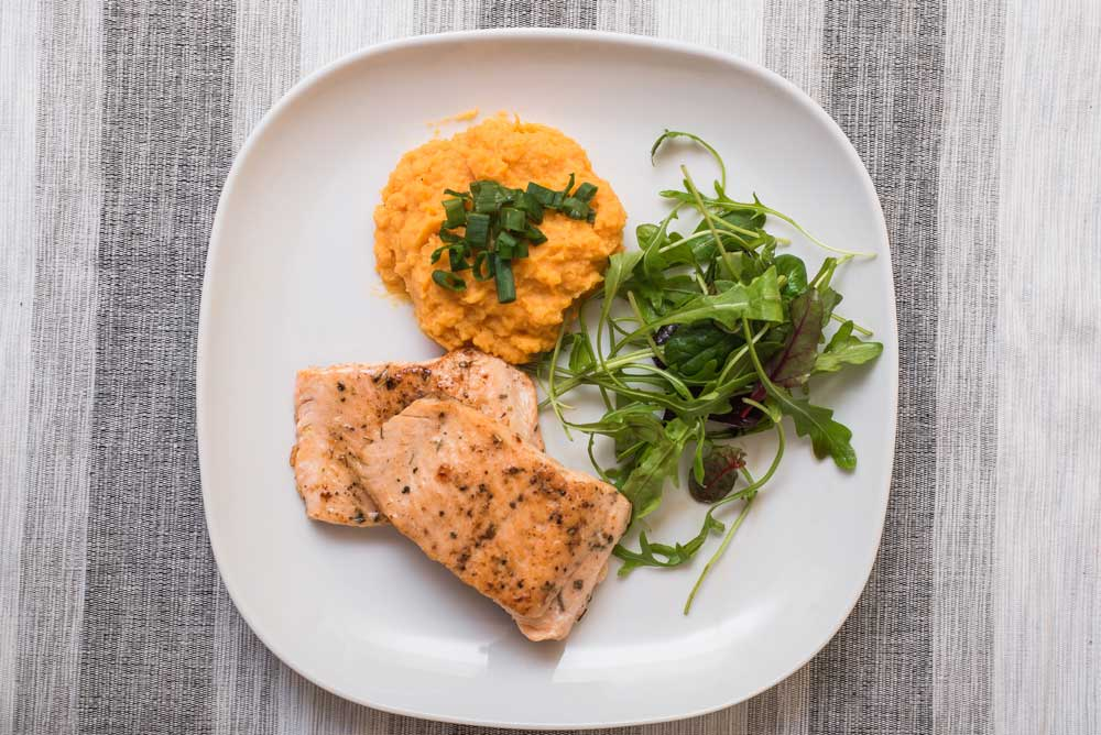 Salmon with Potato Puree for PCOS: Healthy, Delicious Dish